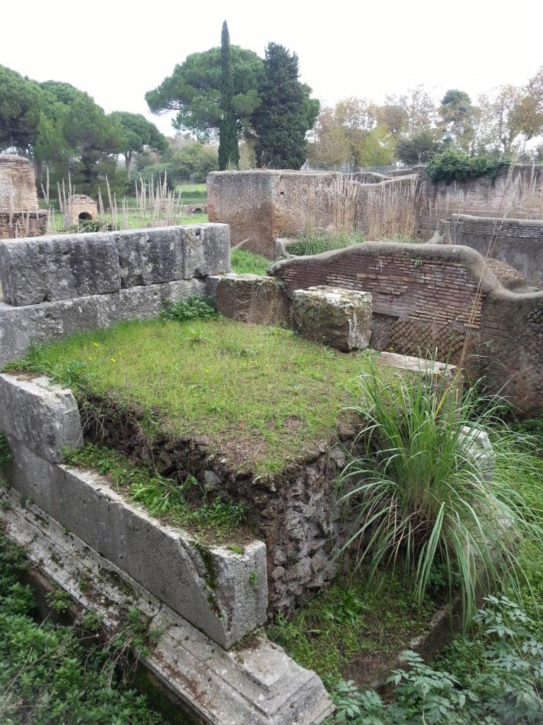 Necropoli della via Laurentina - Foto di F. Sequi