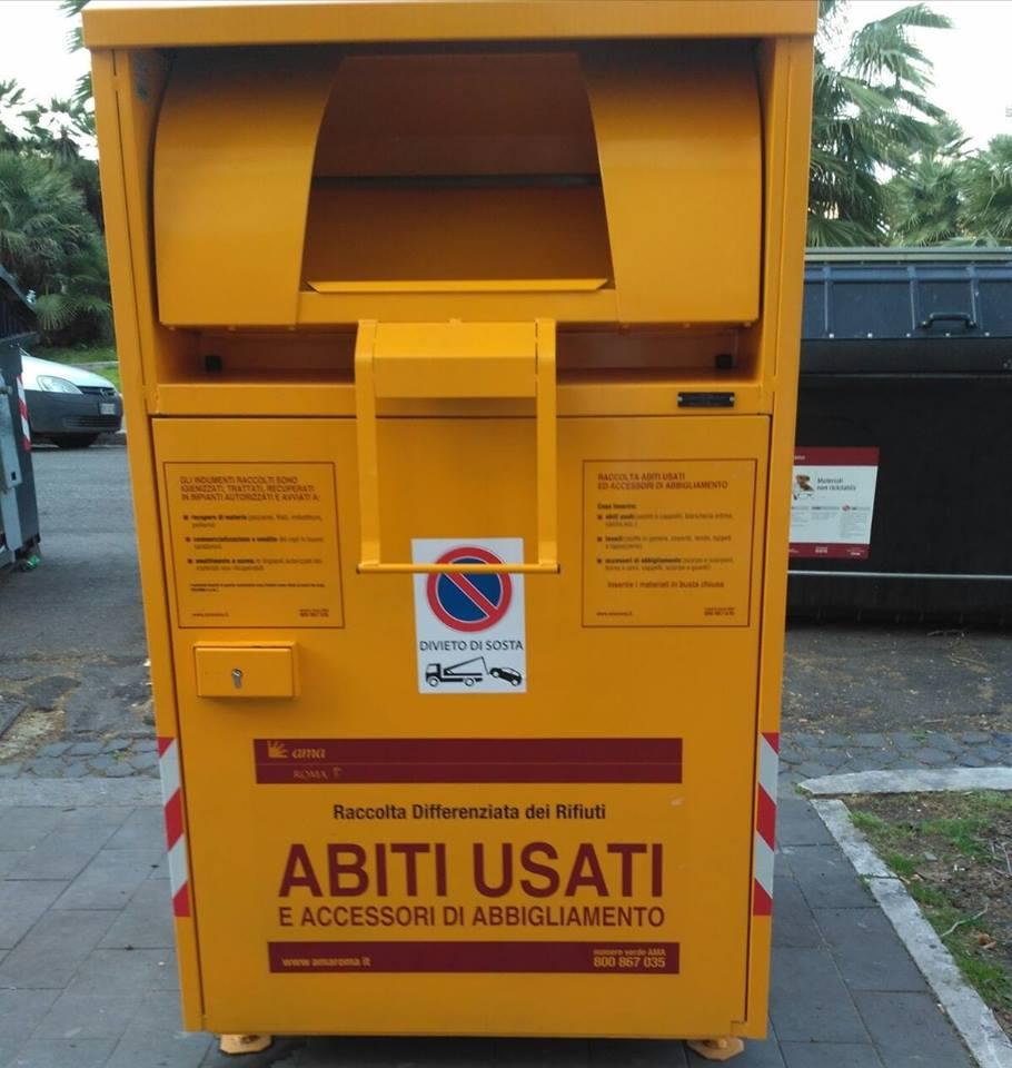 buy online 2ef14 072de Inizia il posizionamento dei contenitori per la raccolta di ...